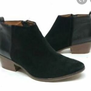 Madewell black suede and leather ankle booties